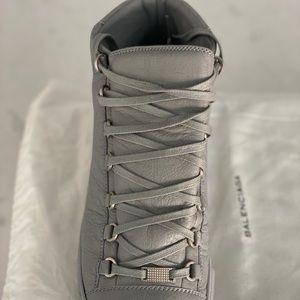 Balenciaga Men's Leather Sneakers Sz 10 Gray